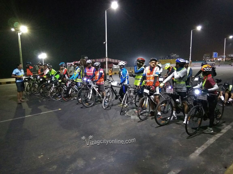 300 km Brevet Cycling Race conducted by Vizag Randonneur