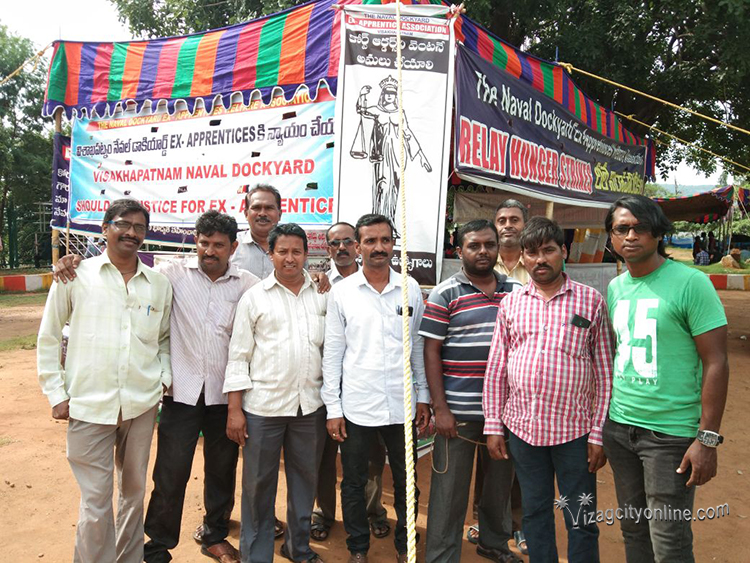Relay Hunger Strike shifted to Gandhi Statue
